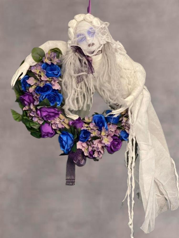 Ghost Halloween Door Wreath